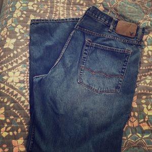Like new American Eagle jeans 38x32